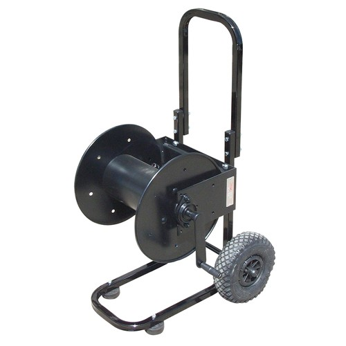 The hose reel lets you wash in multiple places without moving the pressure washer.